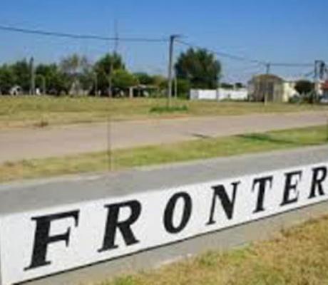 Crisis económica en Frontera: Medidas desesperadas e incógnita política